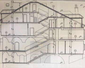 *RFReality* zrekonštruovaná, meštianska budova - centrum mesta