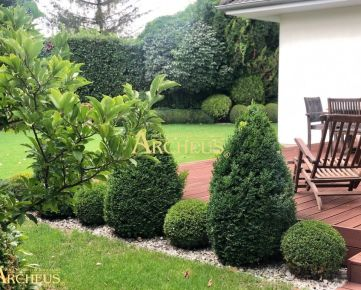 Štýlový rodinný dom so saunou, fitnescentrom a nádhernou záhradou, Veľký Biel pri Senci
