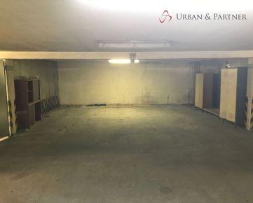 Predaj samostatnej garáže pre 3 autá na ulici F. Kostku na Dlhých Dieloch