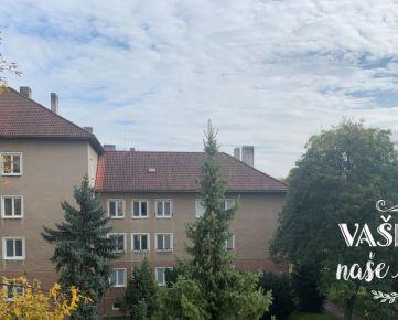 Na prenájom priestranný 2-izbový byt s balkónom