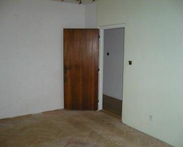 Ponúknite na predaj 2-izbový alebo vačší 1izbový byt v Trnave.