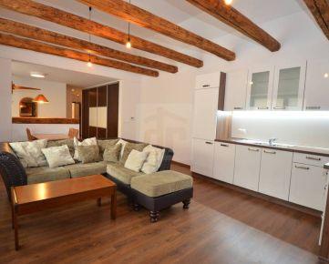 Direct Real - Krásny, útulný 3,5 izbový byt po kompletnej rekonštrukcii. Ešte vonia novotou.