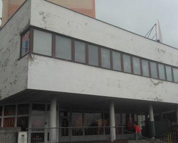 Predaj budovy 572 m2 na výbornom nieste v Petržalke na Námestí hraničiarov