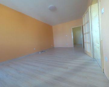 Predaj kompletne zrekonštruovaného 3-izb.bytu - Mikovíniho ul.