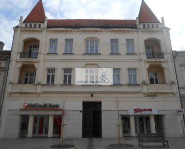 Priamy predaj histtorickej administratívnej budovy v centre mesta Nitra, priamo na pešej zóne