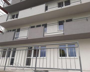 REZERVOVANÉ 2-izbový byt 50 m2 + park.miesto Trenčín-Sihoť V.