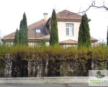 TOP Living: V lukratívnej lokalite ponúkame na predaj vilu – Tajovského ulica - EXKLUZÍVNE