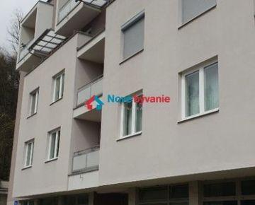 Prenájom krásneho 2-izbové bytu v blízkosti centra B. Bystrice