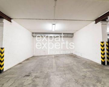 Parkovacie státie, 15 m2, garážový dom - Zámocká