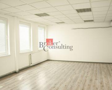 Priestranné kancelárske priestory Nitra na prenájom, Chrenová, 200 m2
