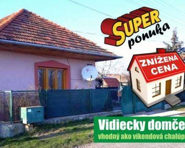 ZNÍŽENÁ CENA!!! Krásny vidiecky rodinný dom, vhodný ako víkendová chalupa. Na predaj v obci Malé Kozmálovce. 531m2. CENA: 60 000,00 EUR
