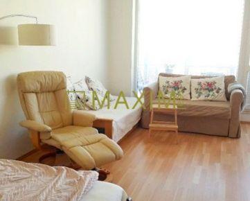 Príjemný svetlý 1- izbový byt na Tomášikovej ulici