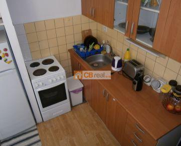 REZERVOVANÉ! Predaj 2 izb.bytu s loggiou, Farského ulica
