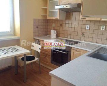 NA PRENÁJOM 1 izbový byt s klimatizáciou a garážou, Nitra centrum