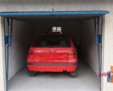 Exkluzívne na predaj Vám ponúkame murovanú suchú garáž na Fončorde, nad Tulskou ulicou v B.Bystrica