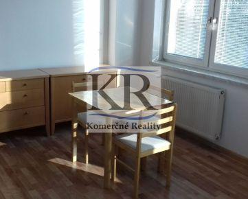 1i byt s klimatizáciou na prenájom, Trenčín, Zámostie