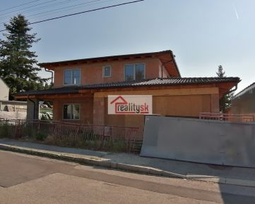 Predám rozostavaný rodinný dom v Lamači