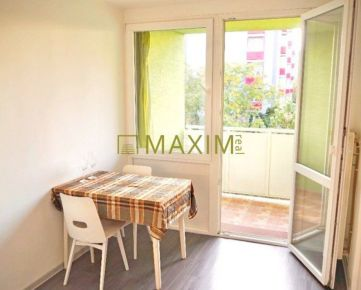 Veľmi pekný 2-izbový byt na Špačinskej ulici