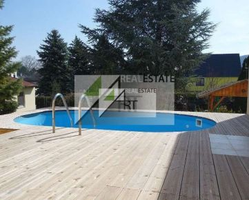 PREDAJ – Rakúsko – Wolfsthal – novostavba RD s bazénom a krásnou záhradou