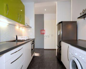 HERRYS - Na prenájom 2 izbový byt pri 3 vežiach