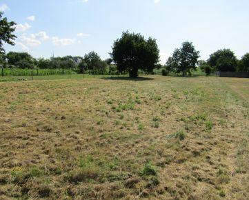 Predáme stavebný pozemok, 1.907 m2, Veľká Maňa, okr. Nové Zámky
