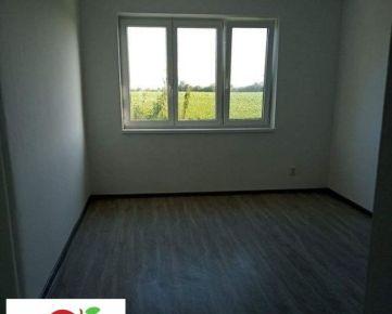 TRNAVA REALITY - 3 izb. byt s pivnicou po rekonštrukcii na tichej ulici v meste Trnava - Medziháj