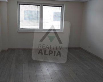 Kancelária s parkovaním / 19 m2 / Žilina širšie centrum