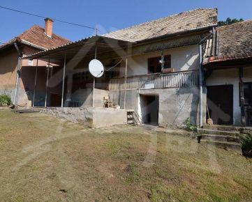 Gazdovský dom na okraji obce Chrťany