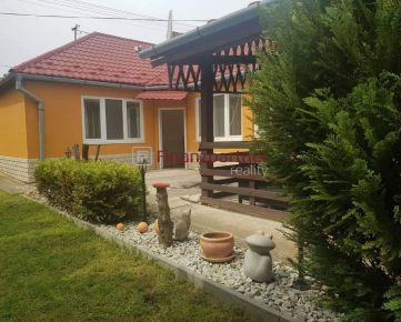 Na predaj pekný rodinný dom - Bíňa - okr. Nové Zámky (010-12-ILK)