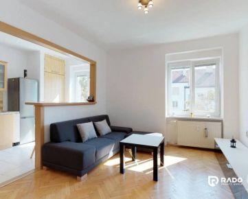 Na prenájom krásny 2i byt s garážovým státím v TOP lokalite Trenčína
