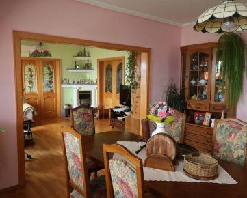Predaj veľkého 6 - izbového bytu 150 m2 Hájik