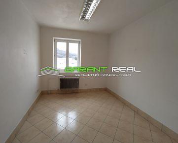 GARANT REAL - prenájom kancelársky priestor, 12 m2, Budovateľská ulica, Prešov