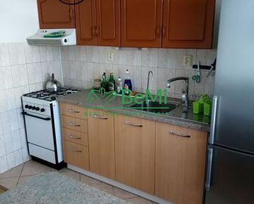 Na prenájom veľký 4-izbový byt v meste Košice - Sídlisko Ťahanovce (005-214-PAS)