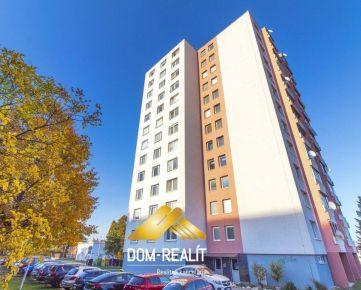 DOM-REALÍT ponúka na predaj veľký 3 izbový byt ul. Čajkovská v Nitre