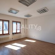 Kancelárie, administratívne priestory 60m2, čiastočná rekonštrukcia