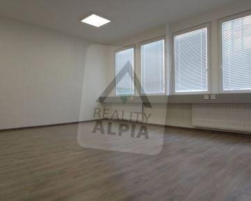 Kancelárske priestory, /47 m2/, Žilina - Širšie centrum