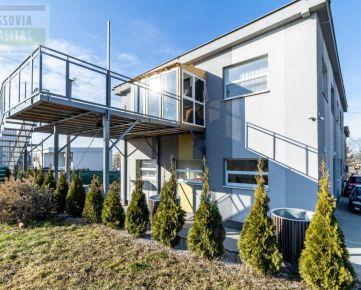 Ponúkame na predaj polyfunknčnú 2 podlažnú budovu, pozemok 2109 m2