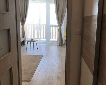 REZERVOVANÉ : NOVOSTAVBA Slnečný  1 izbový byt s veľkým balkónom.