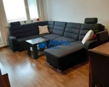 Priestranný 3 izbový byt s 2-mi lodžiami - Karlová Ves, Adámiho ulica