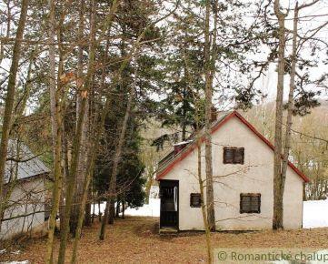Chata v tichom lesnom prostredí na vlastnom pozemku