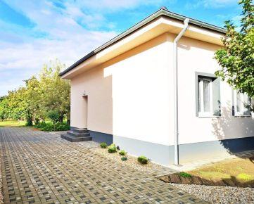 NEO - Rodinný dom s veľkým pozemkom v Trnave blízko centra.