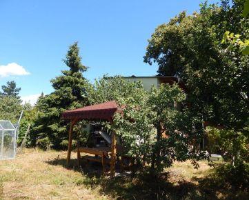 Predaj pozemku s domom v Ružinove, pri Zlatých pieskoch, záhrada 292m2.