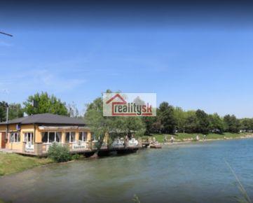NA PREDAJ: Zabehnutú reštauráciu U Zlatého vodníka