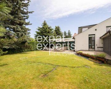 Jedinečný 7i rodinný dom, 350m2, záhrada 800m2, sauna, parkovanie
