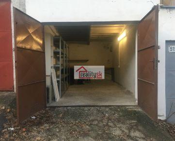 Samostatná priestranná garáž v Starom meste - Boženy Němcovej