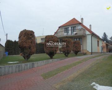 HALO REALITY - Predaj, rodinný dom Trnava, 2x rod.dom, J.Hajdóczyho