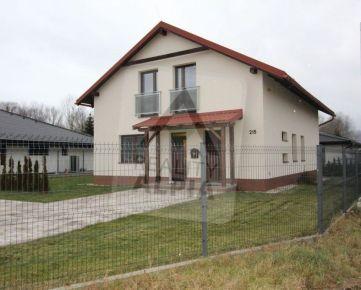Novostavba rodinného domu, Bešeňová