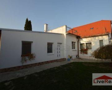 6izb. RD, ul. Petöfiho, pozemok 1125, VIS, možnosť výstavby 2 domov