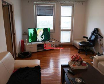 ** RK BOREAL ** Predaj zrekonštruovaného 3izb. bytu v tichej lokalite, Trnava, Spojná ulica