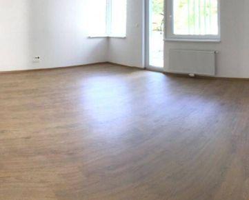 Predaj 2 izbový byt, Bratislava - Nové Mesto, Vlárska ulica